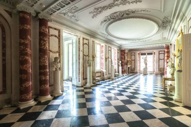 Warszawa łazienki Królewskie